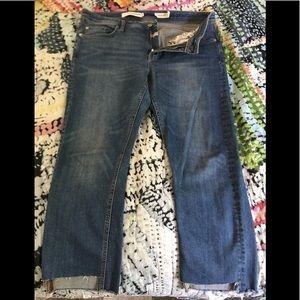 Anthropologie Pilcro raw hem slim straight jeans